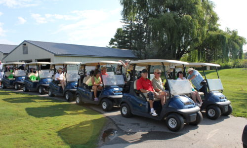 MARSP members & friends preparing to get out on golf course
